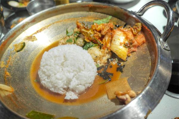 Kimchi Bokkeumbap: Fresh Rice