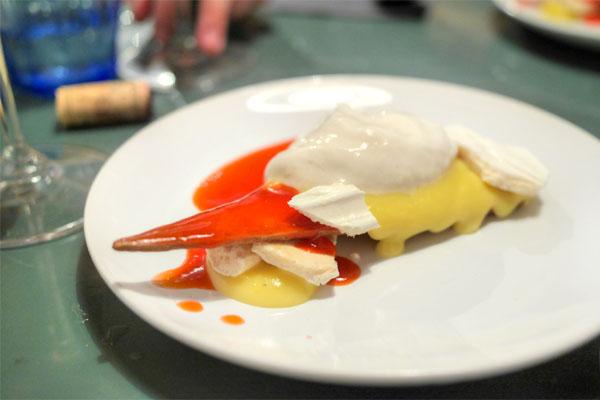 Tarte aux Citron de mon jardin sablé / lait d'amande, french meringue