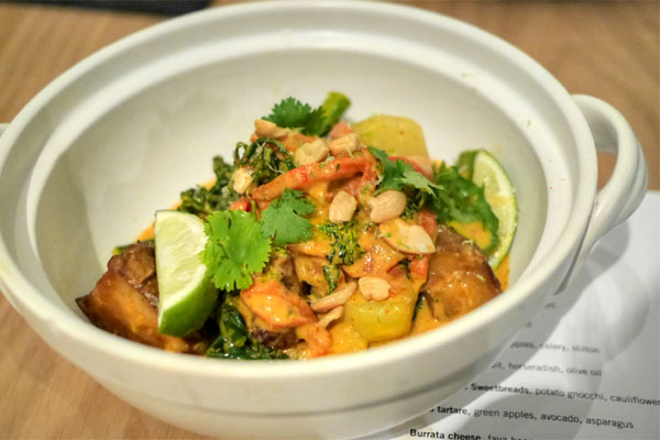 Sunchokes, kohlrabi, broccolini, red thai curry