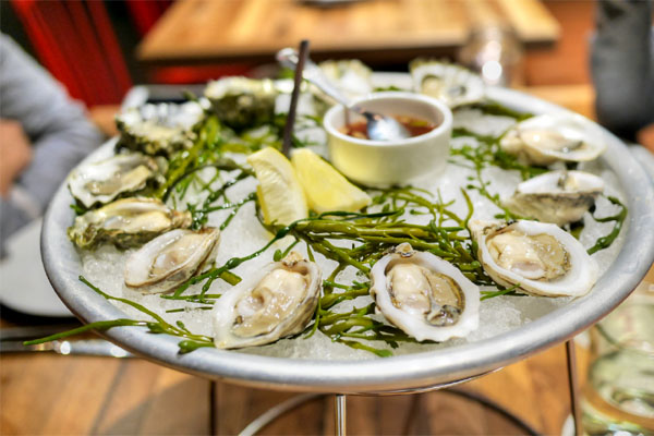 oysters, lemon, bread & butter mignonette - 12