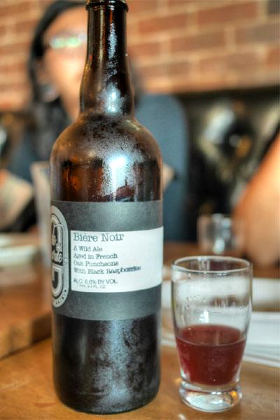 2015 de Garde Bière Noir