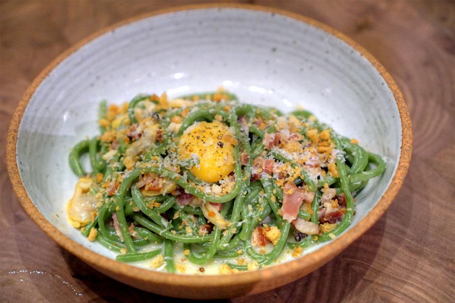 Spinach Bucatini·Egg·Bacon·Clam·Crème Fraîche