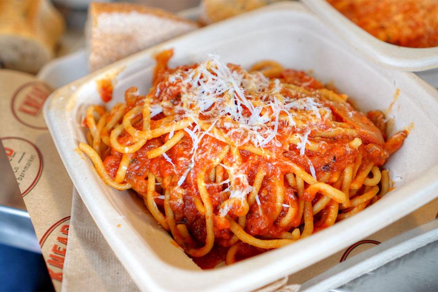 Spaghetti & Tomato Sauce