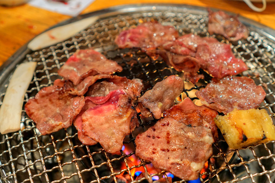 Prime beef tongue (Cooked)