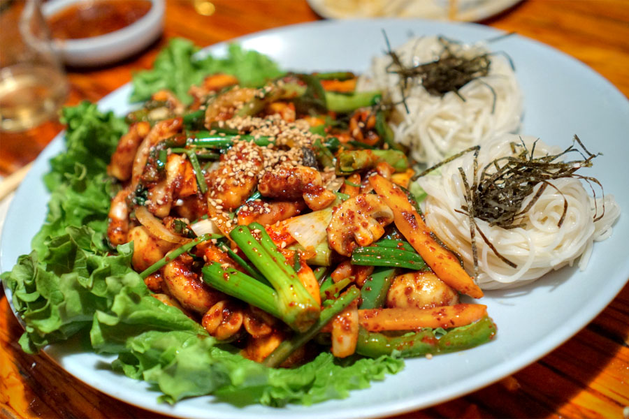 Stir fried spicy octopus w thin white noodle
