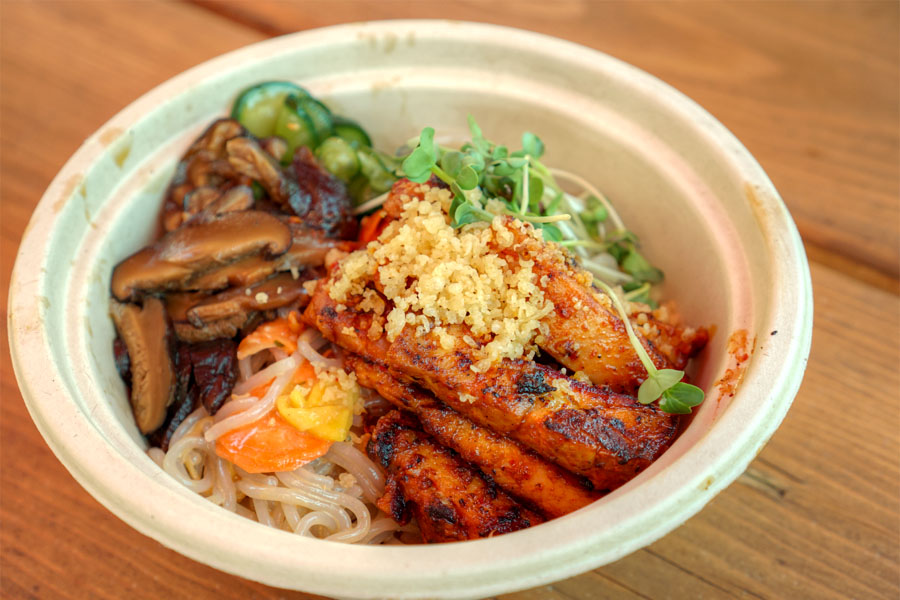 Spicy Chicken Cold Noodle Salad Bowl