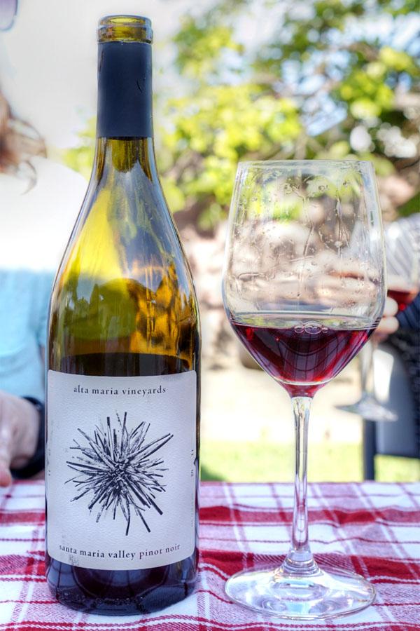 2011 Alta Maria Pinot Noir