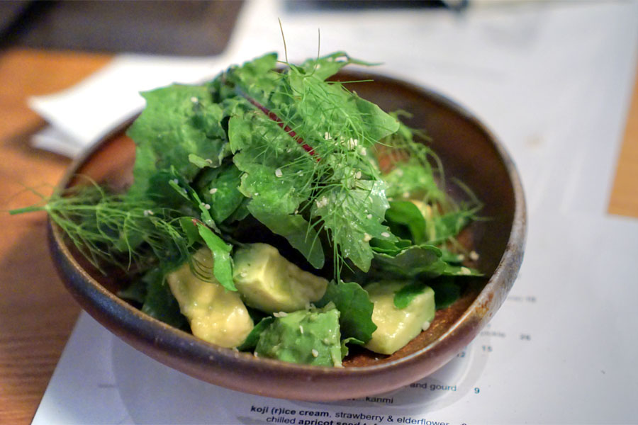 avocado, wakame, greens & hemp