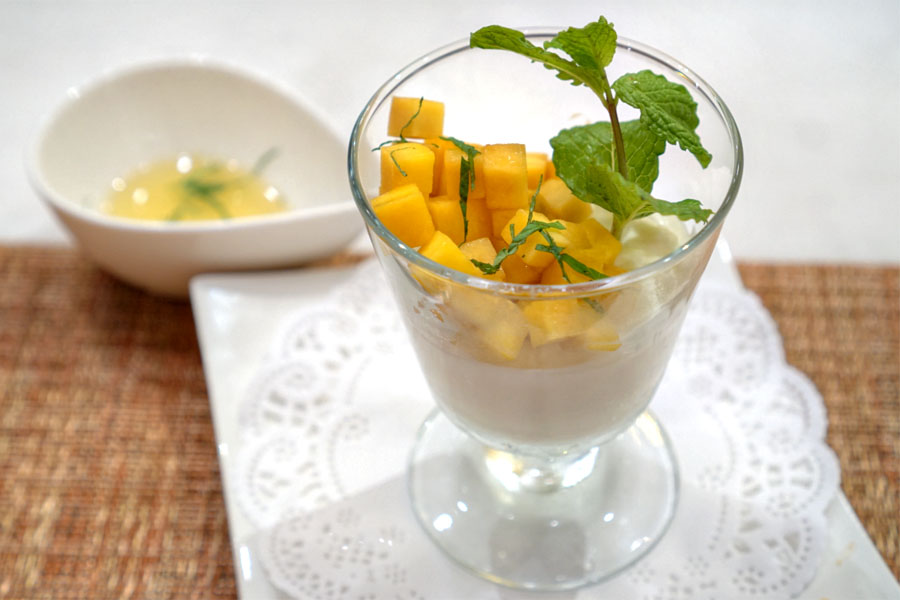 Yogurt Mousse & Fresh Mango