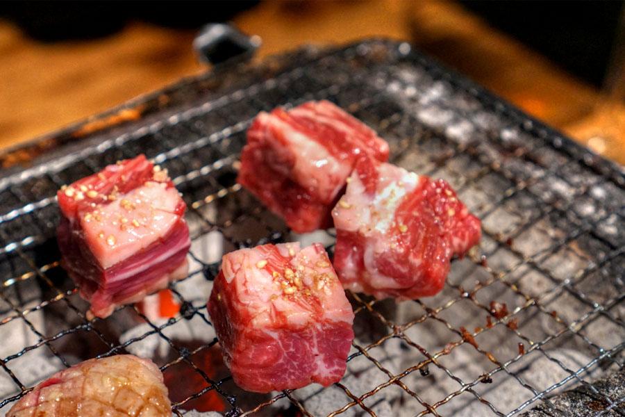 Marinated Short Plate Steak (Cooking)