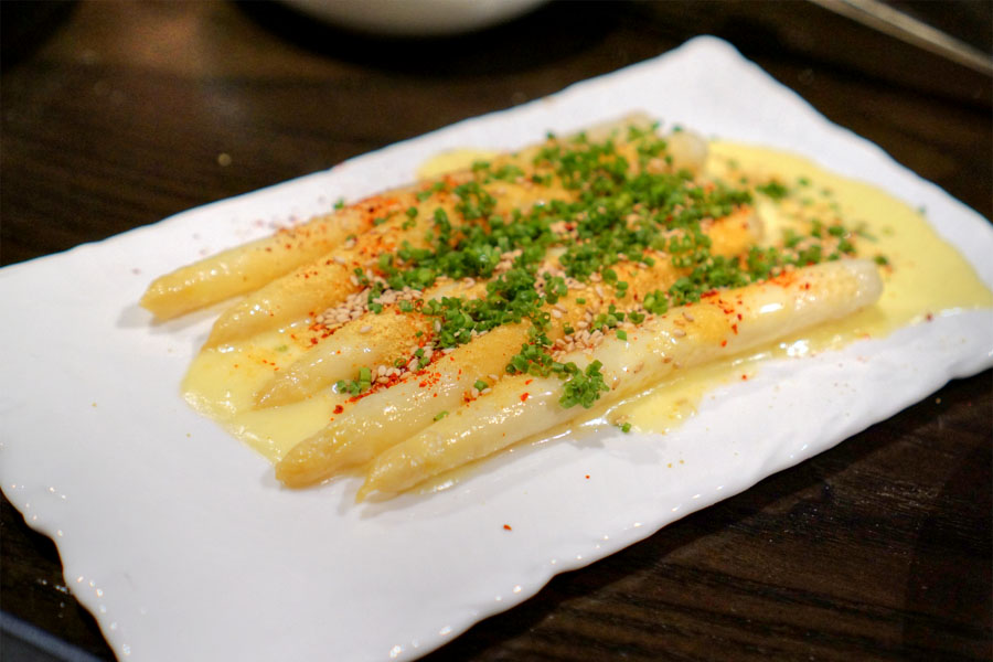White Asparagus Glazed in Hollandaise