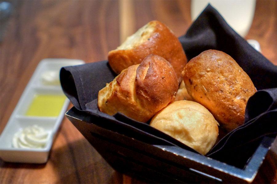 Chianina Steakhouse Bread Service