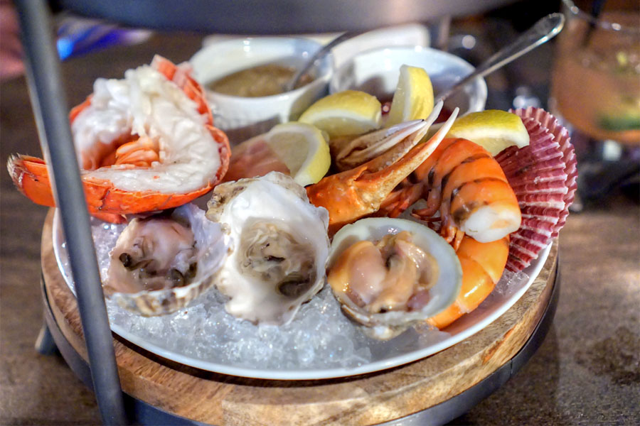 Raw & Steamed Shellfish