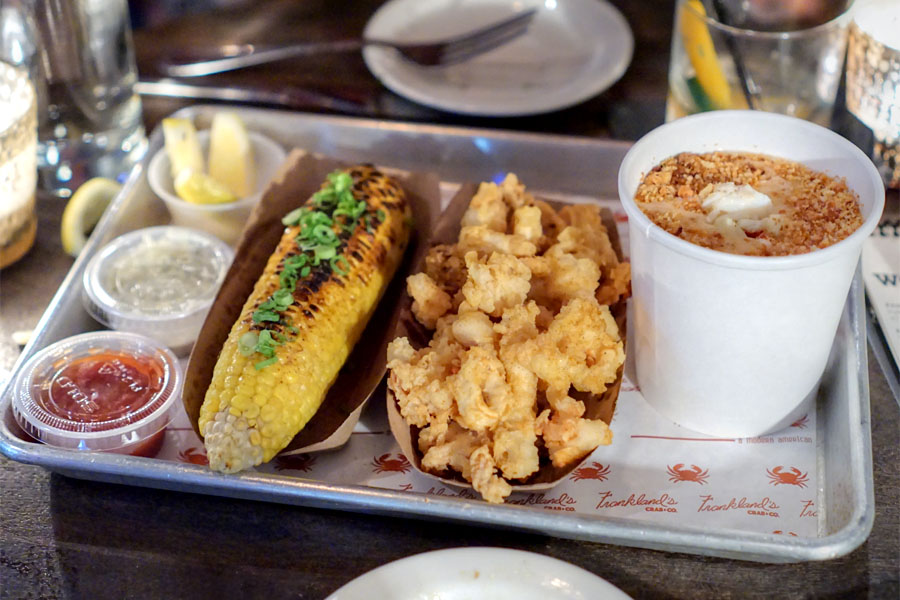 Lobster Buttered Corn on the Cob / Fried Calamari / Pint of Chowda