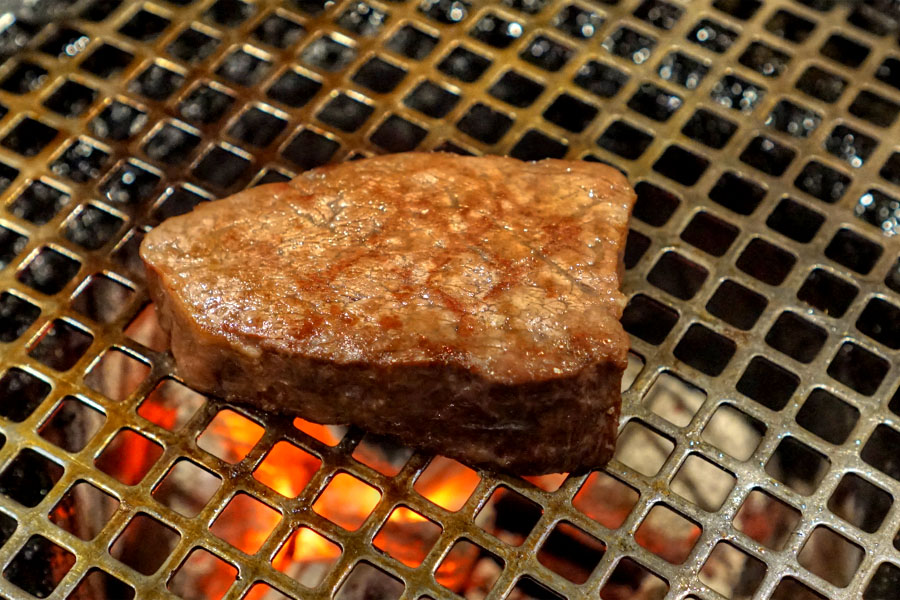 Kobe Beef Chateaubriand (Cooked)