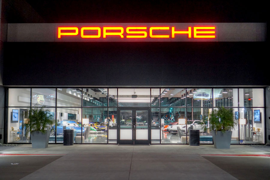 Porsche Experience Center Los Angeles Exterior