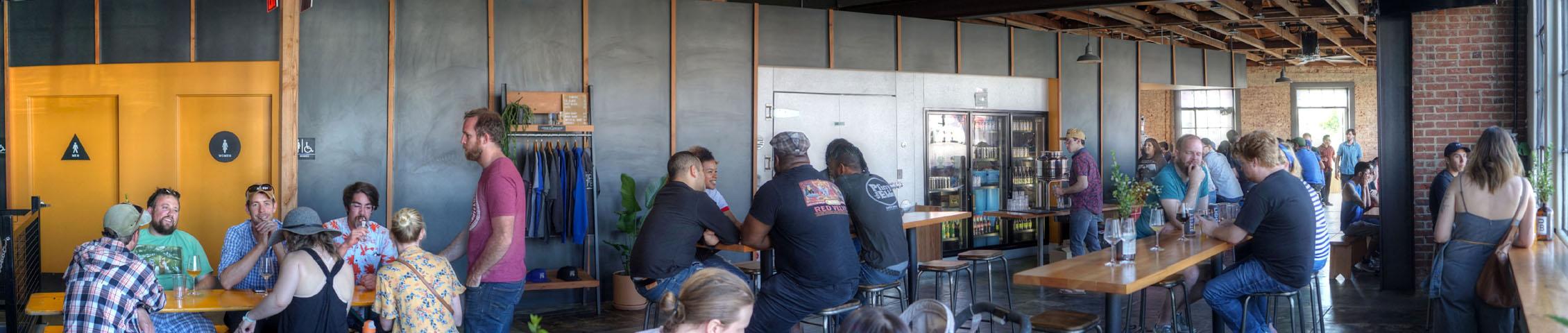 Highland Park Brewery - Chinatown Interior: Back