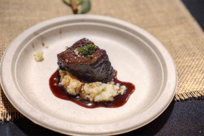 Roasted Beef Short Rib (Red Wine Jus, Gremolata, Cauliflower Purée)
