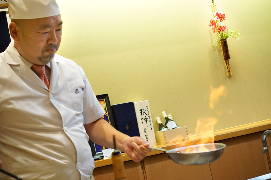 Satoshi Masuda Flambeeing