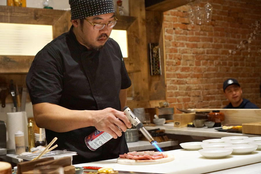 Gino Choi Searing Tuna