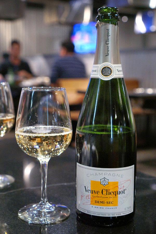 NV Veuve Clicquot Ponsardin Champagne Demi-Sec