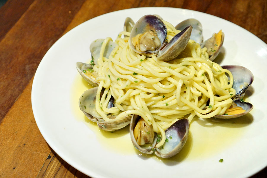 Clams (Fresh Spaghetti)