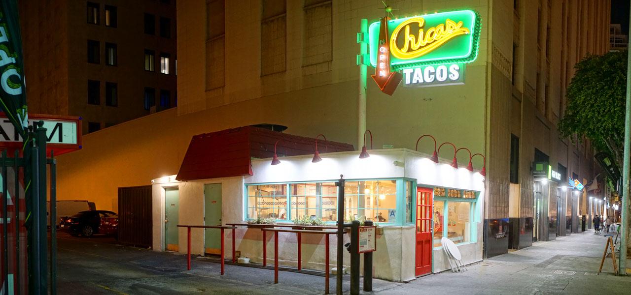 Chicas Tacos Exterior