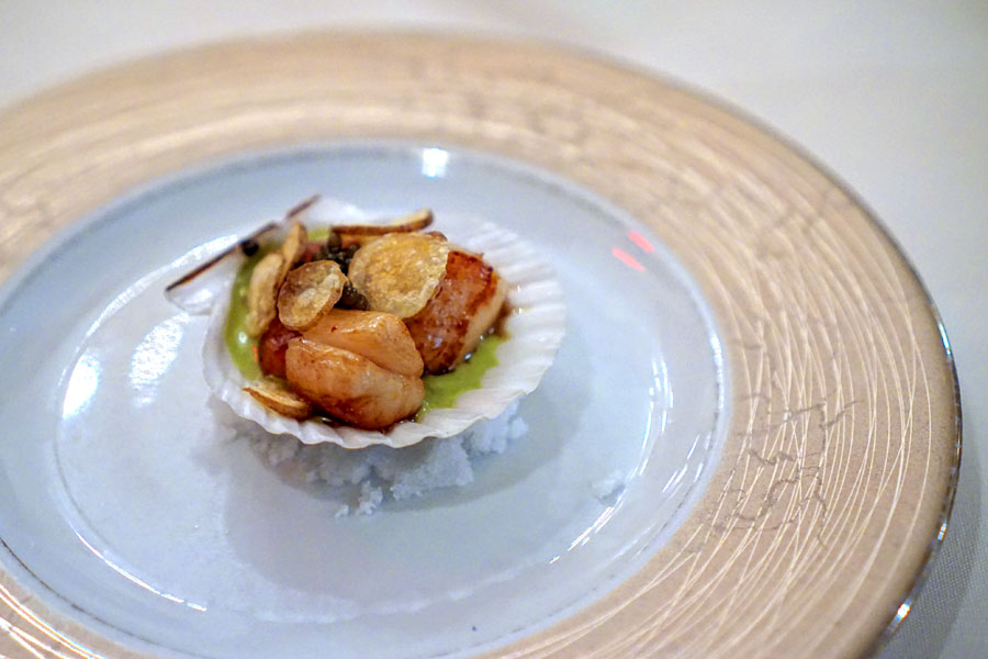 Bay Scallops with Caviar