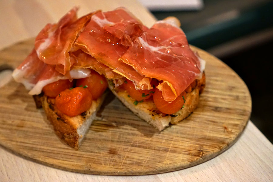 Pan con Tomate + Jamon