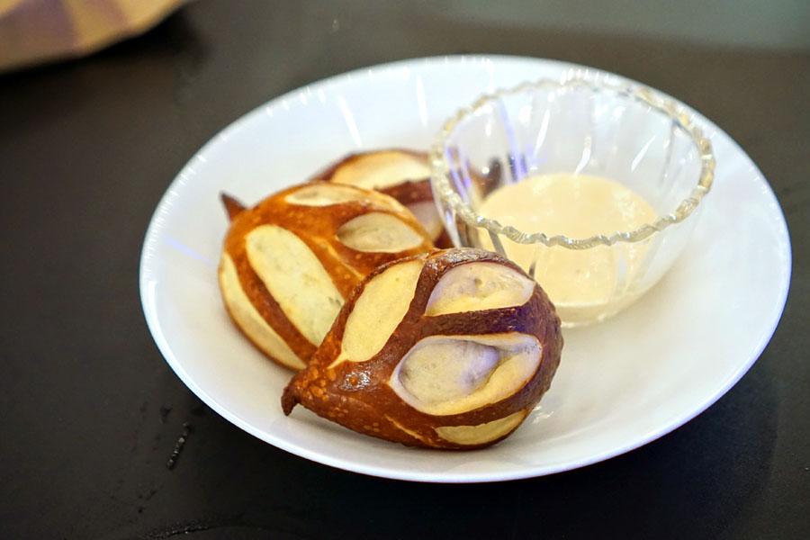 pretzel rolls, gruyére emulsion