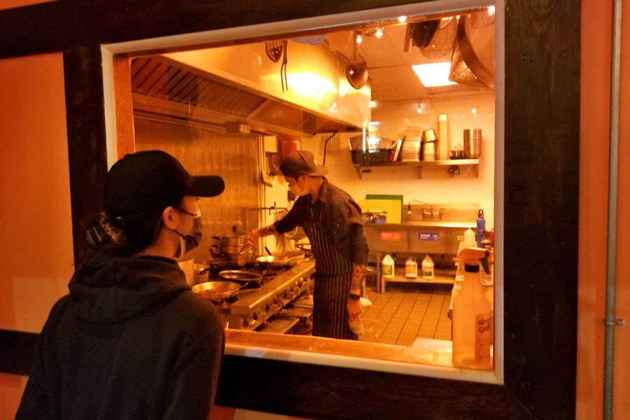 Hanchic Kitchen Window