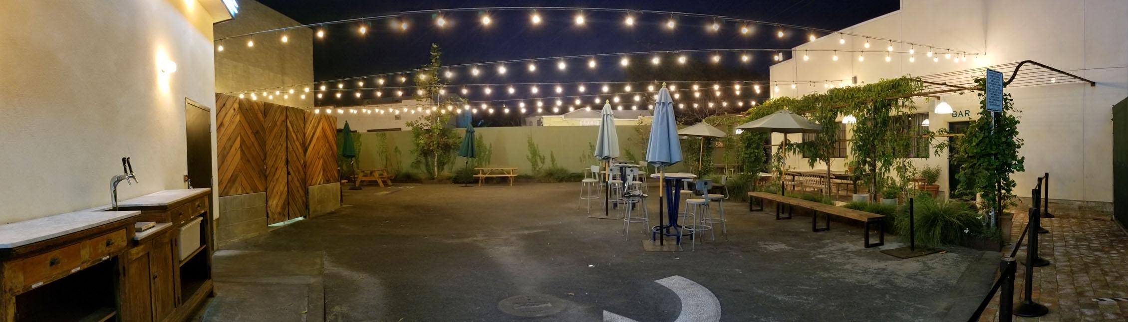 Johnny's West Adams Outdoor Seating Area