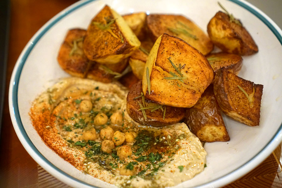 Potatoes w/ hummus