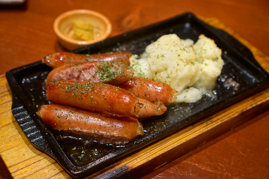 Arabiki Sausage W/ Grated & Karashi Mustard