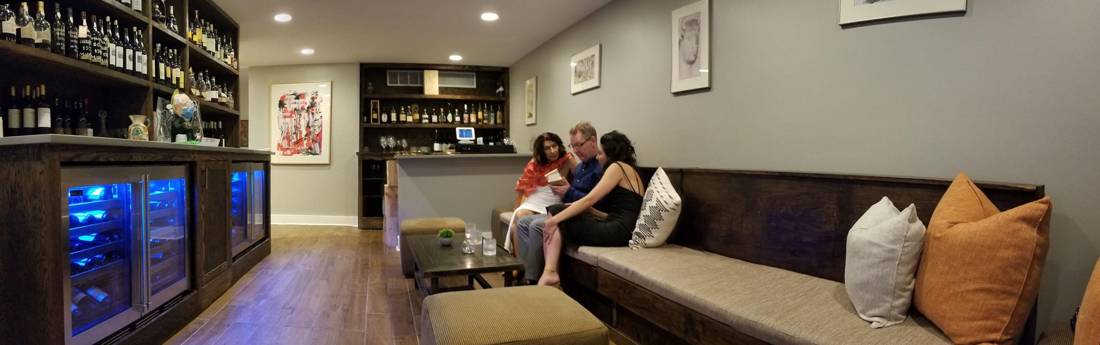 Xiquet Mezzanine Bar