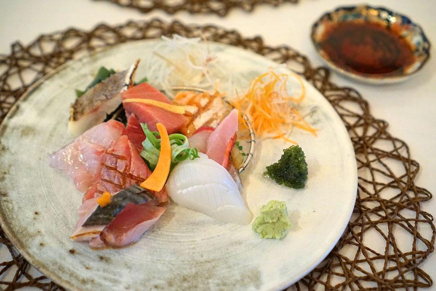 Nine kinds of Assorted Daily Sashimi