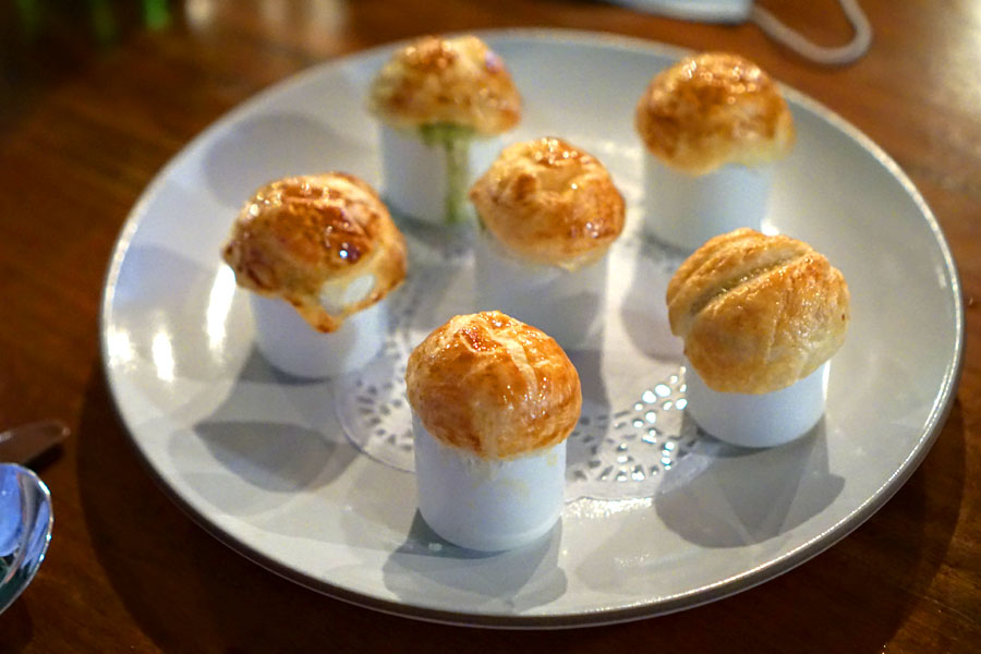 Burgundy Escargots en Croute