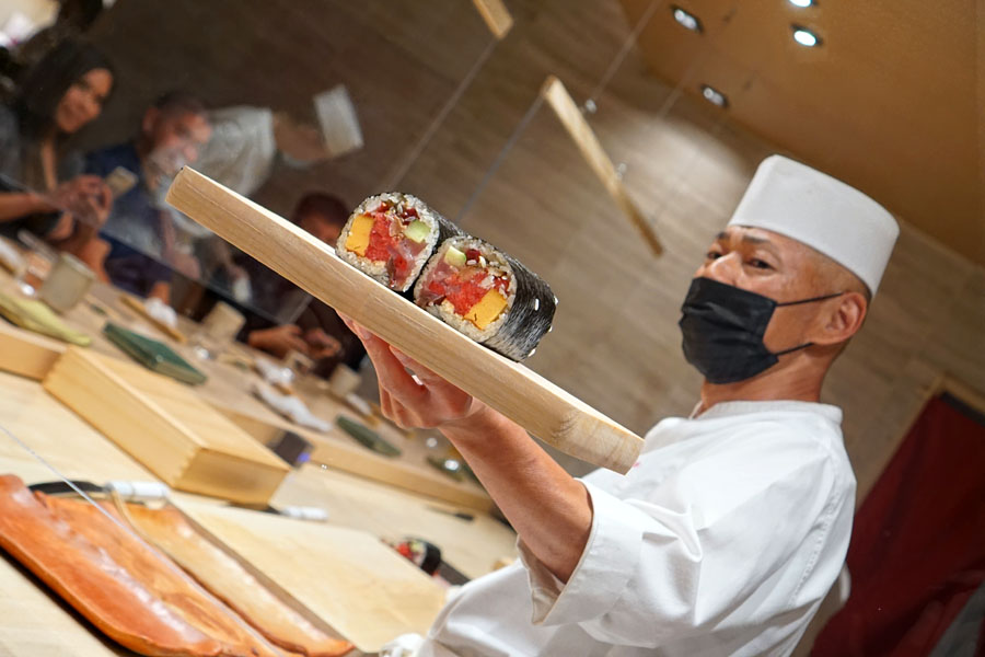 Yoshiyuki Inoue Showing Off the Big Futomaki