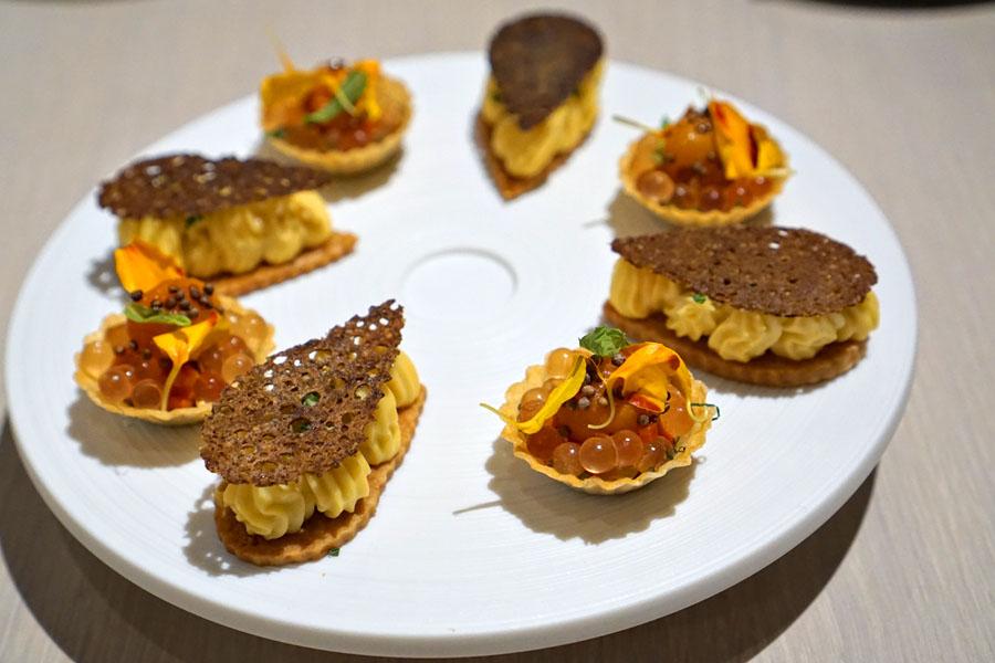 'Pan con Tomate', Mint, Perilla / Toasted Buckwheat, Gouda and Bourbon