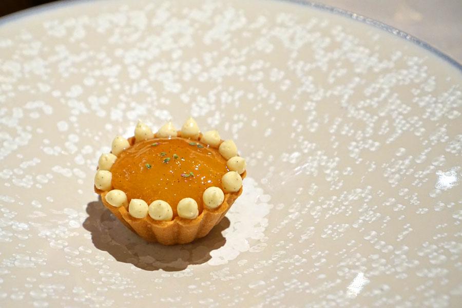 Peach Tart, Vanilla Mousseline, Yuzu